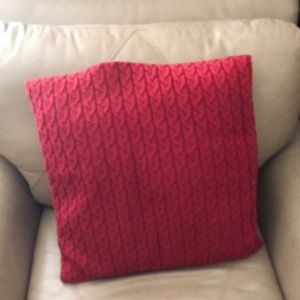 🧶 Knit IKEA accent pillow